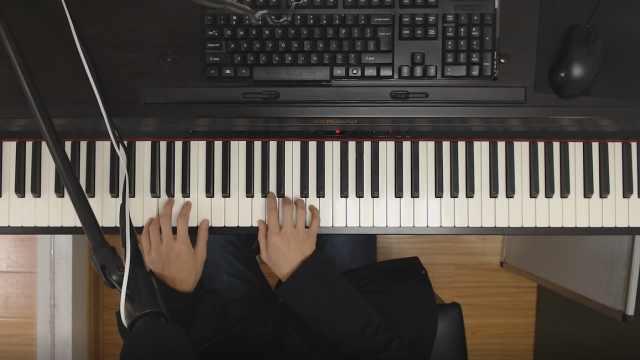 钢琴弹奏左右手不听话怎么办?