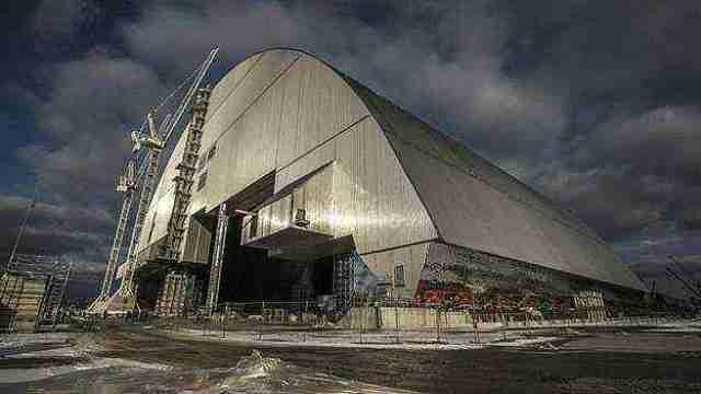 直播:切尔诺贝利石棺,封压百吨核料