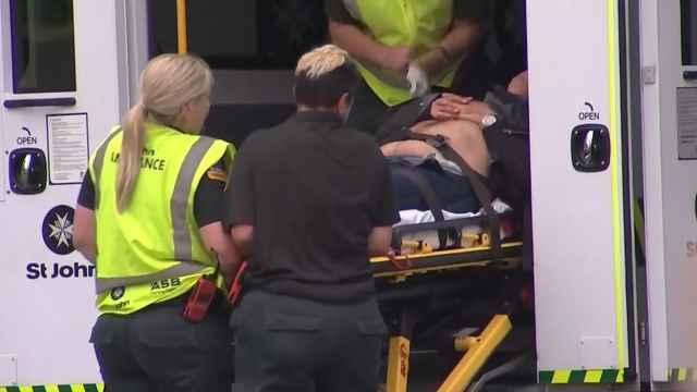 新西兰枪击案:步枪扫射,49人遇难