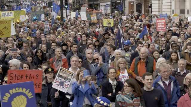 百万英国人游行反脱欧,想重新公投