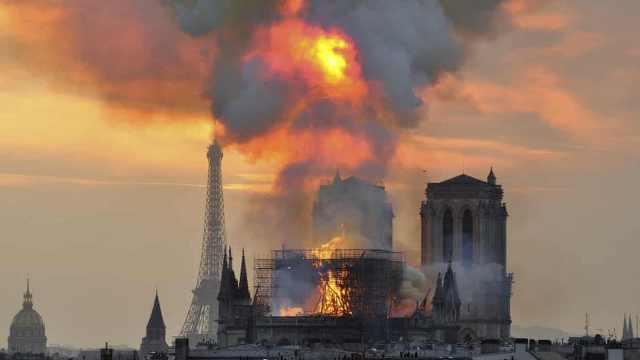 险!再晚半小时,巴黎圣母院就没了