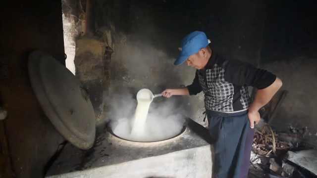 豆腐匠人沿袭祖辈手艺,制豆腐36年
