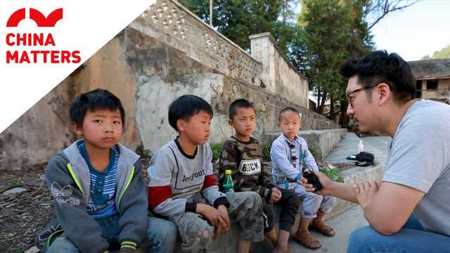 外国记者探访中国扶贫工作是否有效