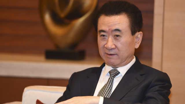 王健林一周签1000亿投资协议