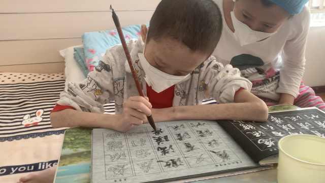 13岁白血病男孩禁食4个月,仅剩38斤