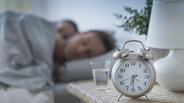 研究发现,睡眠不规律更容易长胖