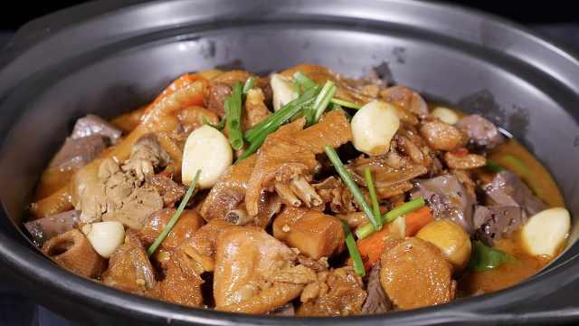 砂钵煨土鸡:农家散养鸡的正宗吃法