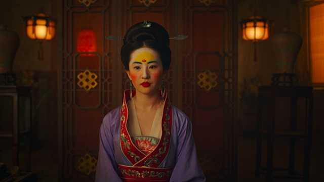 刘亦菲主演《花木兰》公布首支预告