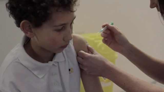 英国9月起将为男孩免费接种HPV疫苗