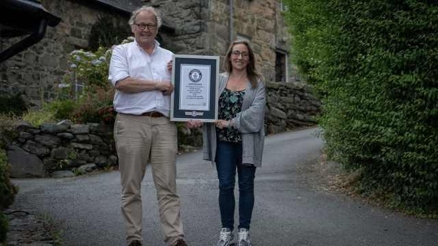 坡度37%,威尔士获世界最陡街道记录