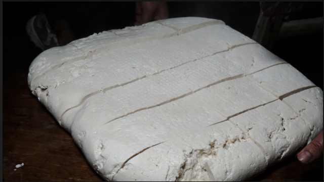 香!揭密传统石磨豆腐的制作过程