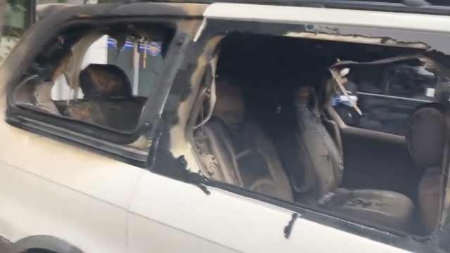 78岁韩国男子日本大使馆前烧车自焚
