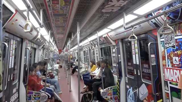 西安地鐵現漫威專列,他等4趟車打卡