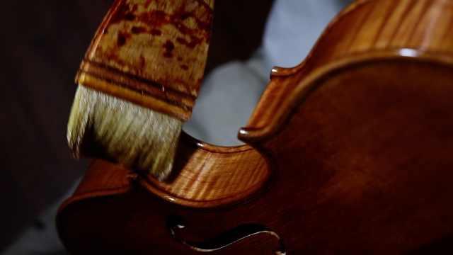 制琴行业工匠,14年只做100把琴
