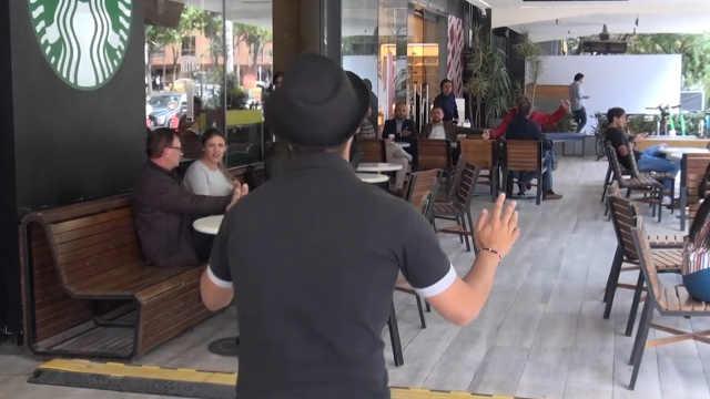 大型圆梦现场:街头唱歌被偶像翻牌
