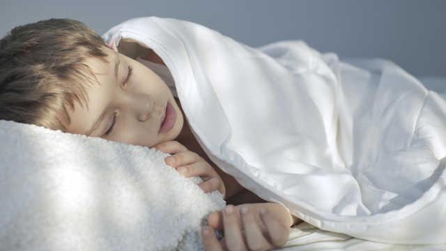 白天极度嗜睡增加阿尔茨海默症风险