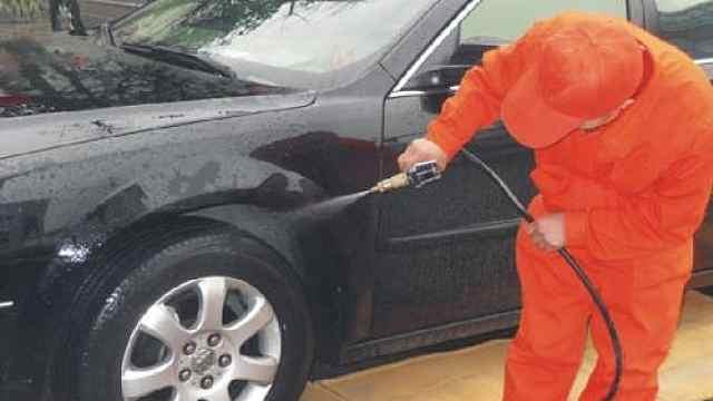 《汽车维修养护在线》洗车注意事项