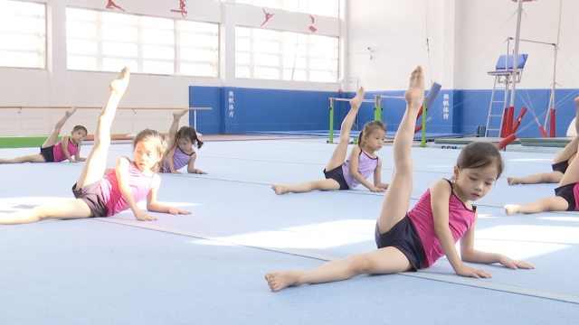 5岁女童想拿冠军,练体操一周不回家