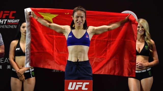 亚洲首位!中国女拳手挑战UFC冠军