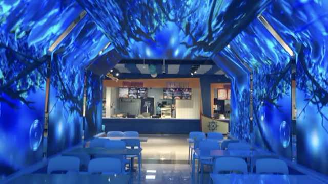 高校建海洋主题食堂,吃饭像坐邮轮
