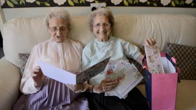 95岁双胞胎的长寿秘诀:无性,喝啤酒