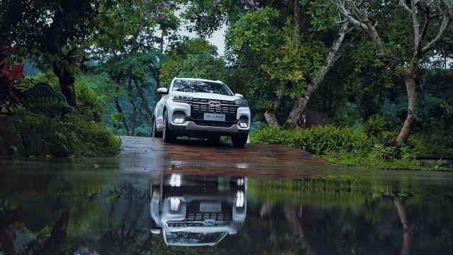 全新一代瑞虎8秘境雨林深度体验