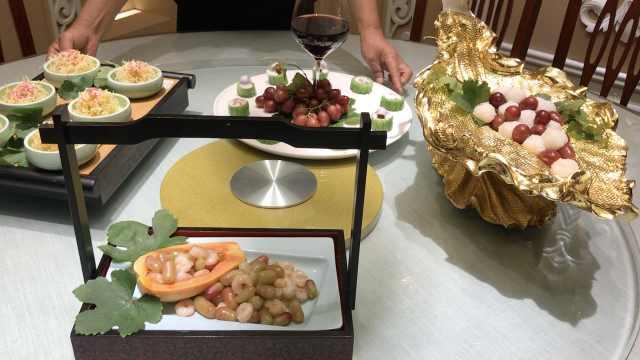 吐鲁番葡萄宴!葡萄也能做一桌好菜