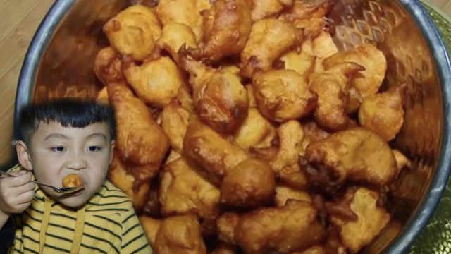 油炸红薯丸子,色泽金黄香甜酥脆