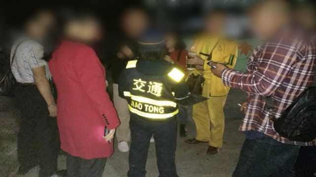 花38元游桂林,45名游客被甩半路