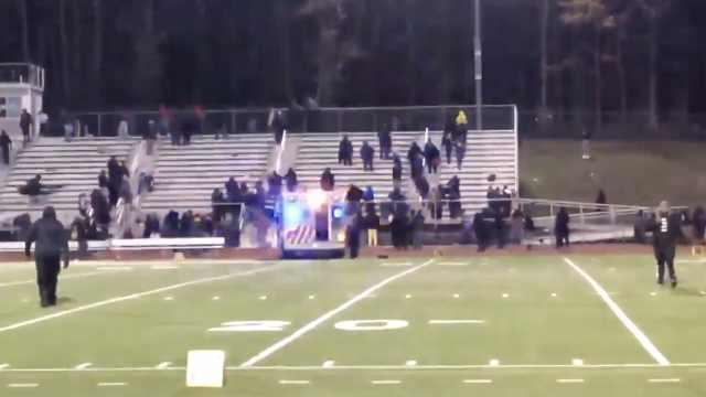 美高中橄榄球赛突发枪击,2人中枪