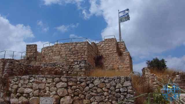 战争中,双方曾为争夺这城堡拼杀