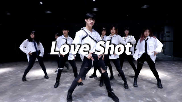 DFD翻跳《Love Shot》,潮酷十足