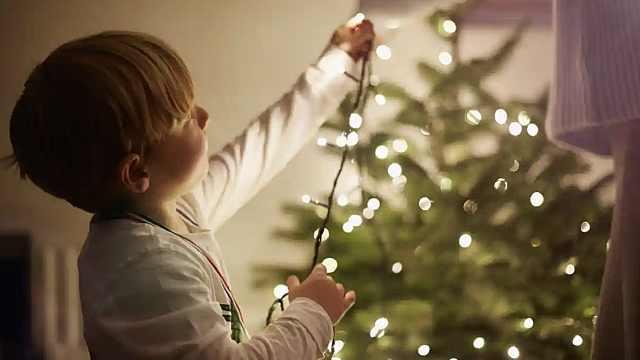 英国圣诞节将有13万儿童无家可归