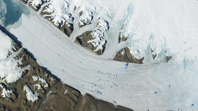 触目惊心!NASA:50年冰川延时摄影