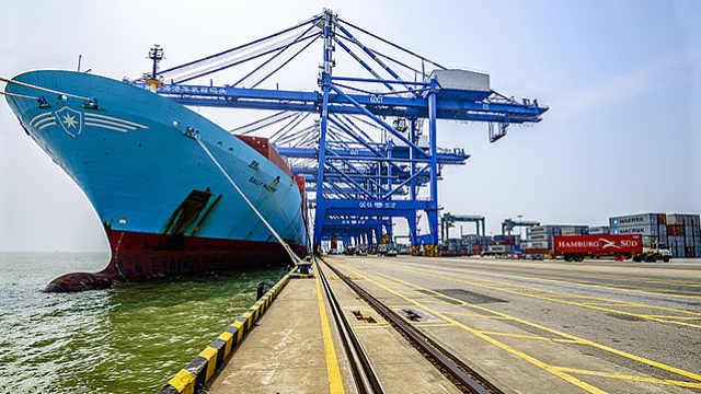 中国领跑全球对外贸易