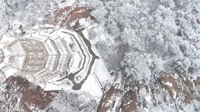 走进鞍山:雪后千山,美如仙境