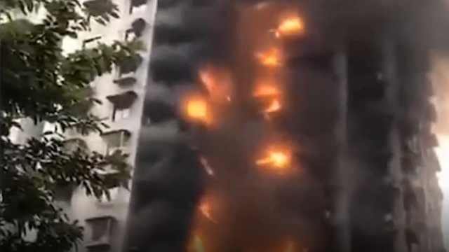外墙保温材料让大火从2楼烧到30楼