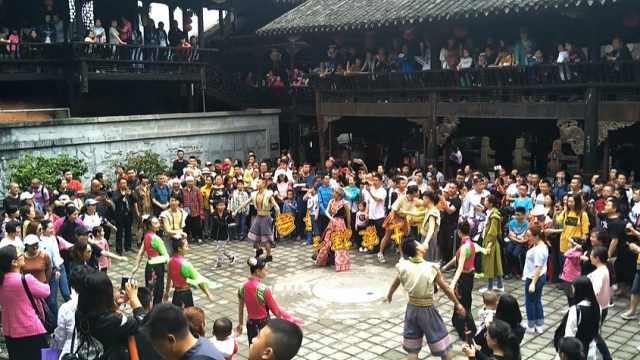 昔日王族部落土司城,感受土家文化