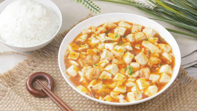 鲜美爽滑的虾仁烧豆腐