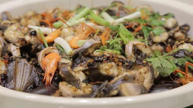 石头也能做菜:雨花石上焗黄鳝,黄鳝还需饿一