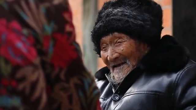 有103岁的爸爸88岁的妈,是福气!
