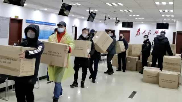 战疫情!企业捐16万只口罩运抵武汉
