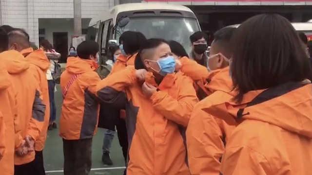 深圳再派17名医护人员奔赴荆州