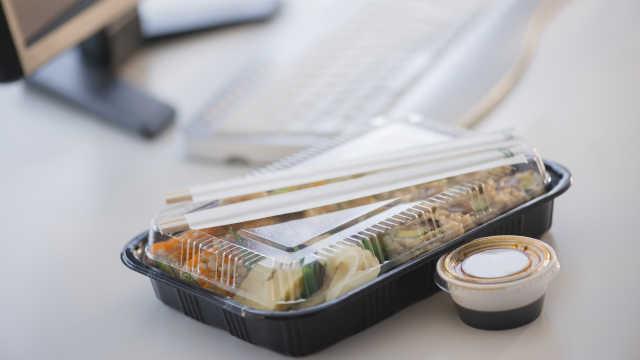商务部:武汉一天餐饮外卖13万单