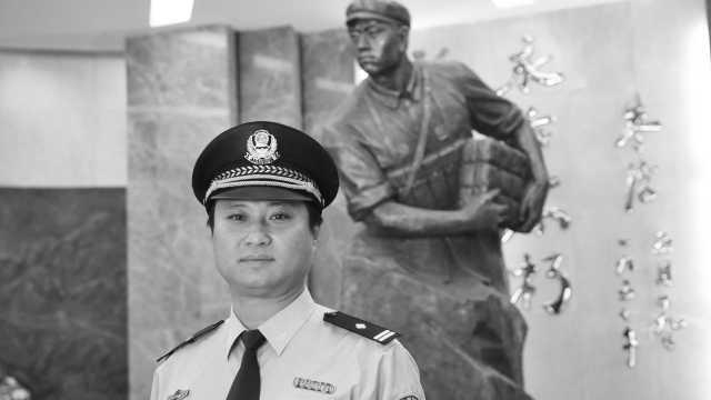 """董存瑞外甥艾冬被追授二级英雄模范称号,口头禅是""""我能扛"""""""