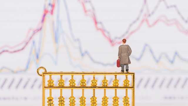 创业板指涨3.25%,近3500只个股上涨