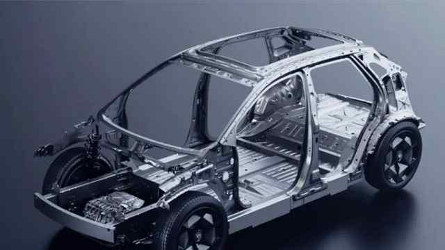 埃安LX底盘用料值得点赞,满眼的铝合金