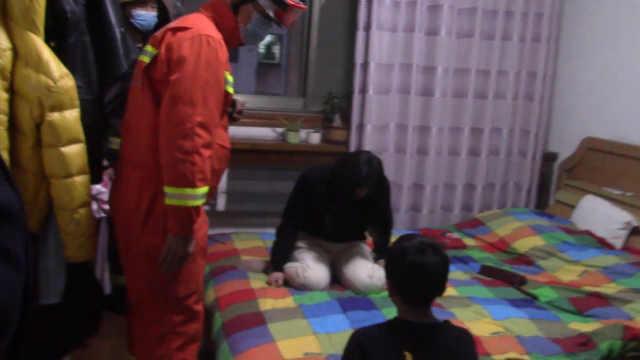 儿子网课后不写作业母亲哭着要跳楼:没见过这样的孩子