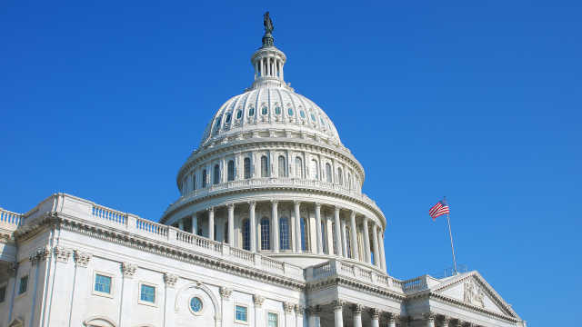 美国经济刺激法案未获参议院通过,谈判暂时陷入僵局