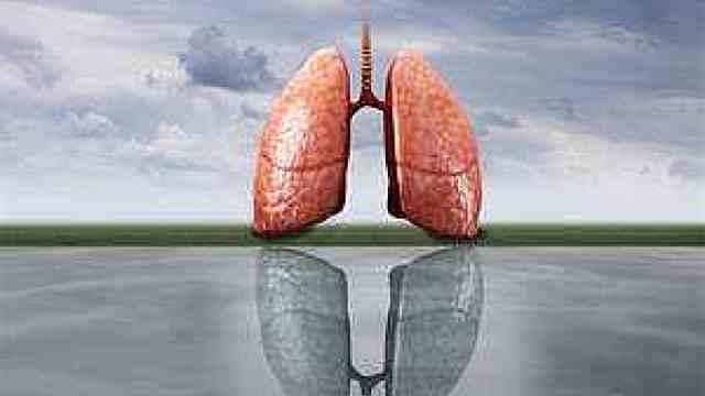 29例病亡患者已解剖:病亡患者肺部存在病毒,免疫功能受打击